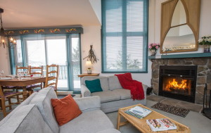 Comfortable 3-bedroom resort condominium just steps from the village and ski lifts